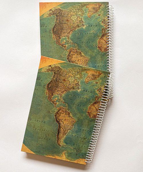 دفتر نقطه دار نقشه جهان سبز تیره