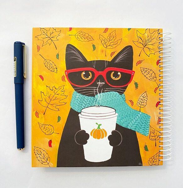 دفتر مربعی نقطه دار گربه مشکی