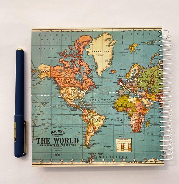 دفتر مربعی نقطه دار نقشه سبز آبی