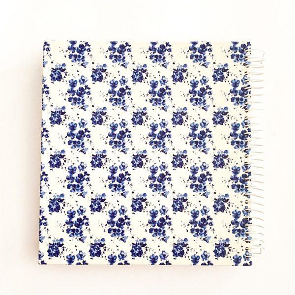 دفتر بیخط گل ریز آبی