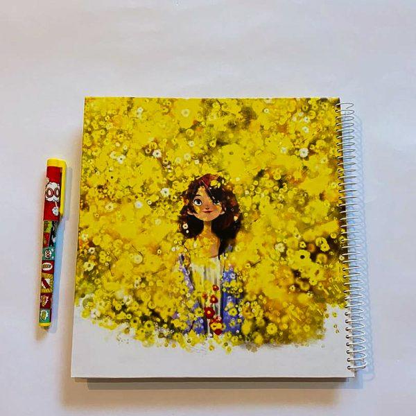 دفتر بی خط بزرگ دختر در دشت زرد