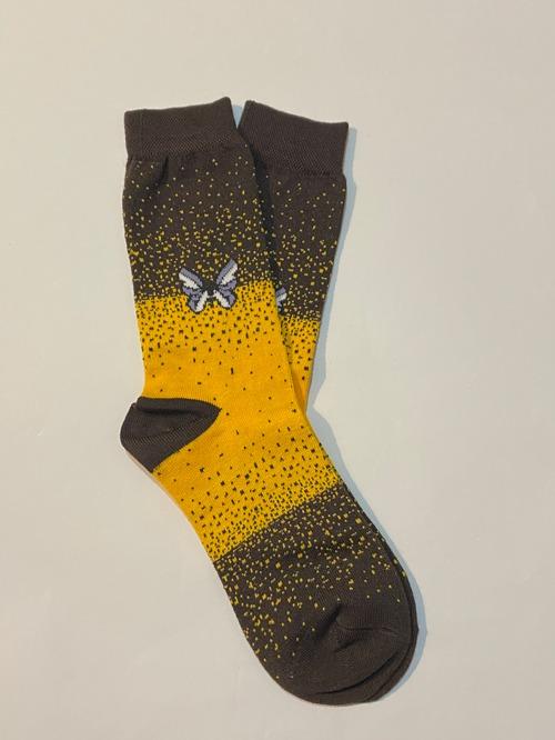 جوراب ساق دار پروانه زرد