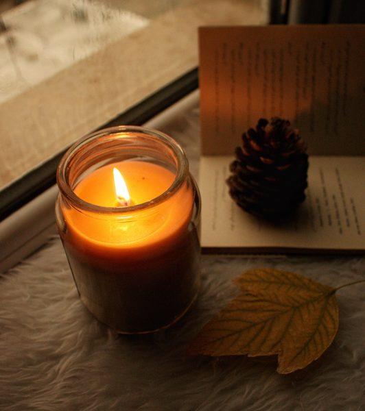 شمع معطر جار متوسط خاطرات